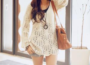 Je suis totalement fanne de son tee-shirt, si vous savez où on peut en achetez un comme ça dîtes le moi !!! :D dans mode et beauté tumblr_m7hjpbnrwt1qmbwh3o1_500_large-300x218